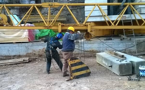 Oggi a lavoro presso: Cantiere edile