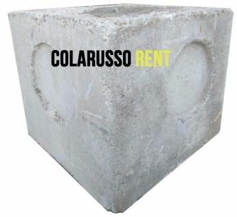 Noleggio zavorre a roma noleggio contrappesi di cemento for Noleggio di grandi cabine ca